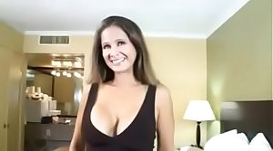 HotWifeRio POV unskilled mature milf in hotel