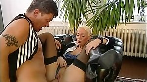 Slave butler for the concupiscent pleasure of a blue grown up mistress
