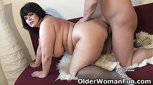 Chubby mature ma needs affectionate cum