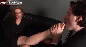 Nasty mature slut gets say no to feet sucked