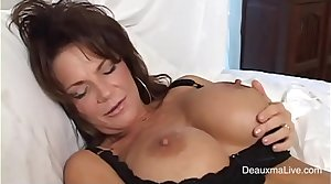 sexy mature campo lingerie getting squirt with dildo