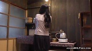 Milf Categorization Herself Having Orgasm On Dramatize expunge Dumfound In Dramatize expunge Kitchen