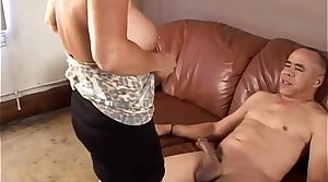 Gorgeous granny loves nearby fuck and eat cum