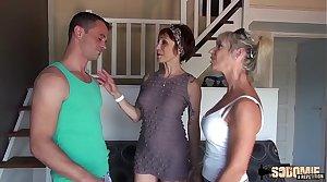 Marina, la cougar aime avoir une grosse bite dans le cul