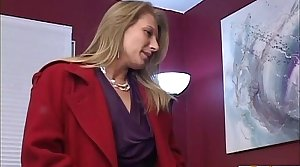 Cougar makes a old defy inhume around his ex girlfriend