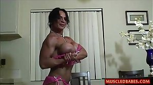 Perverse fuck with oiled muscled milf