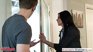Incomparable mom Kendra Lust gets nailed