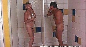 Shower Sex With Sex-crazed Old Floozy