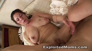 Amateur Mom takes a BBC in Mature Interracial Video
