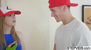 Nerd Dolly Leigh fucks with her stepbro