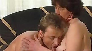 Perishable German Granny Gets Pounded