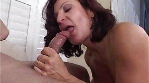 Smoking granny shows her sucking skills