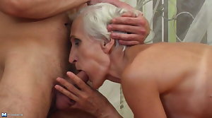 Old granny found young dick for muted cunt
