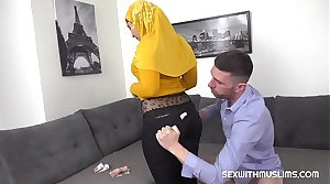 On the level blowjob from busty Muslim